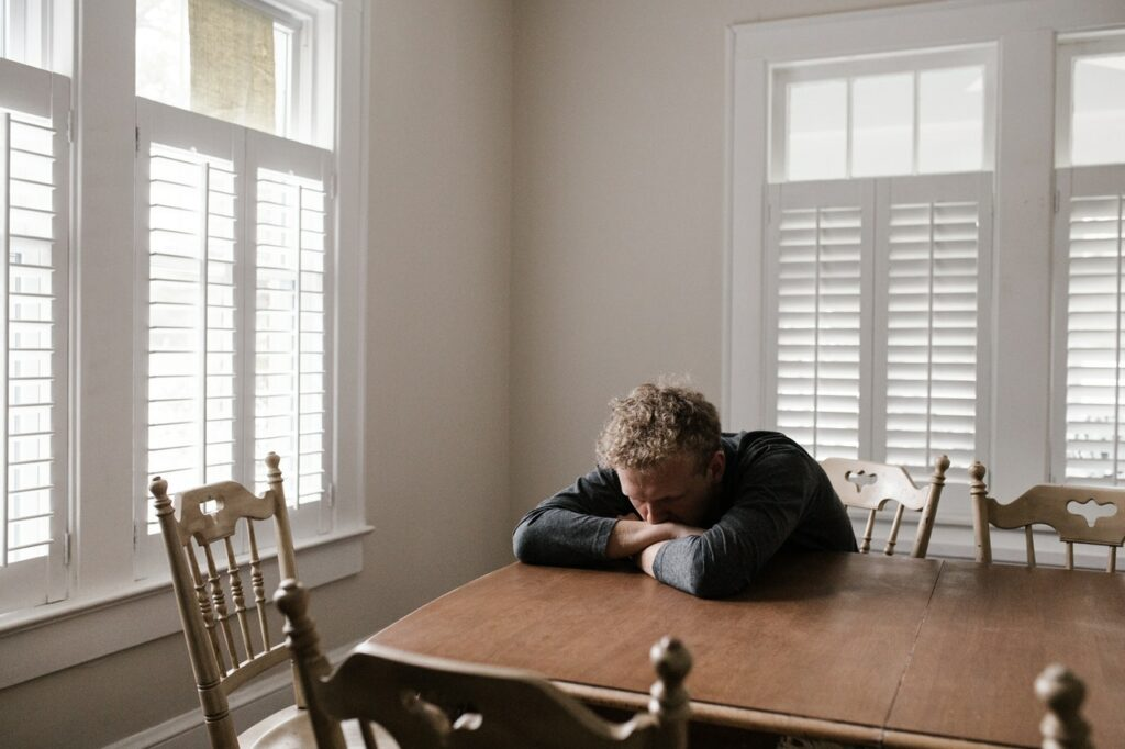 cabin fever in teens self isolation during COVID